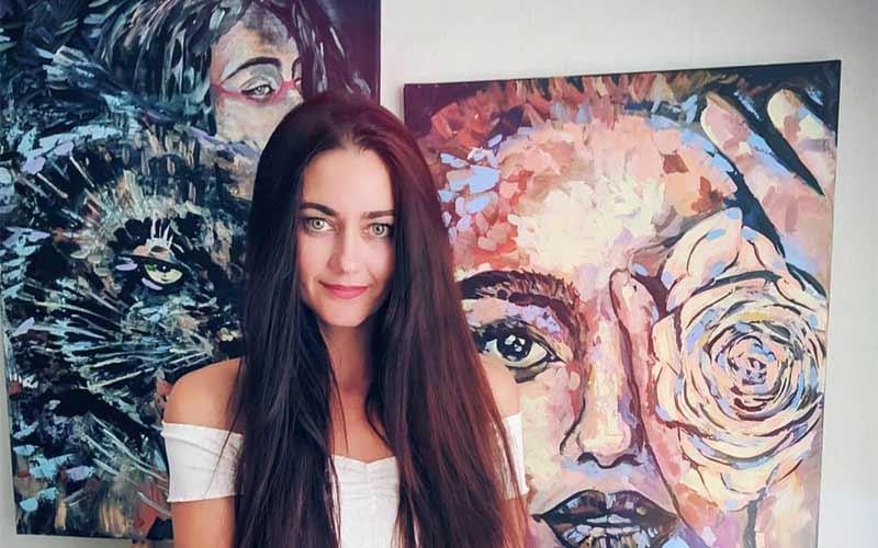 Artist Sandra Valevic Creates Powerful Paintings
