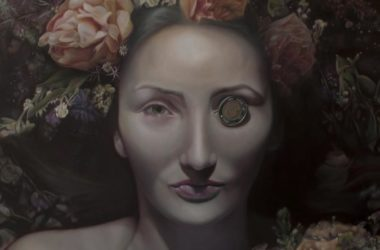 Emerging figurative artist who loves to creates in realistic works