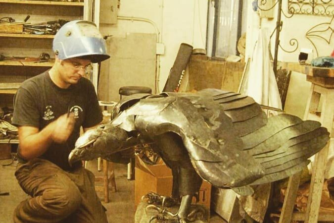Turing Scrap Metal Into Art Sculptures