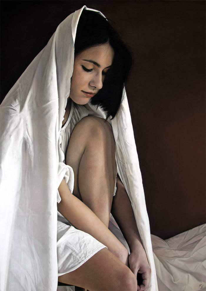 Sitting woman hyper realistic painting artist Francesco Galmarini