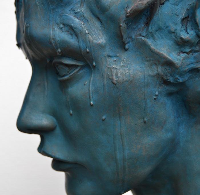 Italian artist creates incredible sculptures