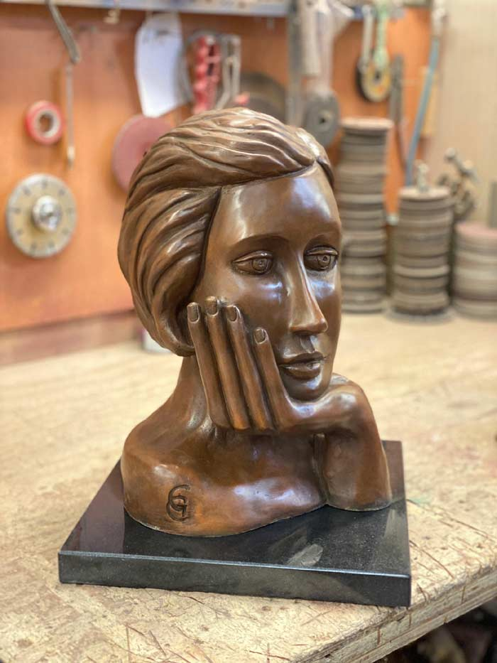 Beautiful Sculptures of the female portrait