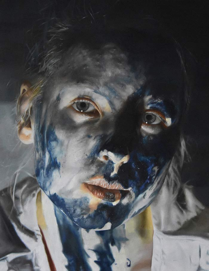 Artist Julia Kempa creates hyperrealistic paintings