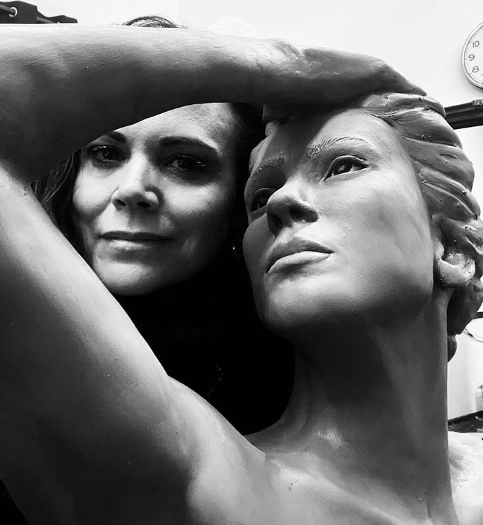 Stunning Sculptures of the feminine portrait