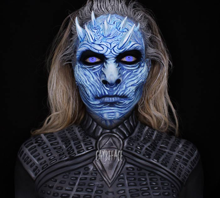 Makeup artist transforms Face Into amazingly scary halloween