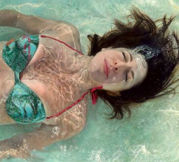 Marissa Oosterlee Hypperrealistic Portraits of woman submerged in water