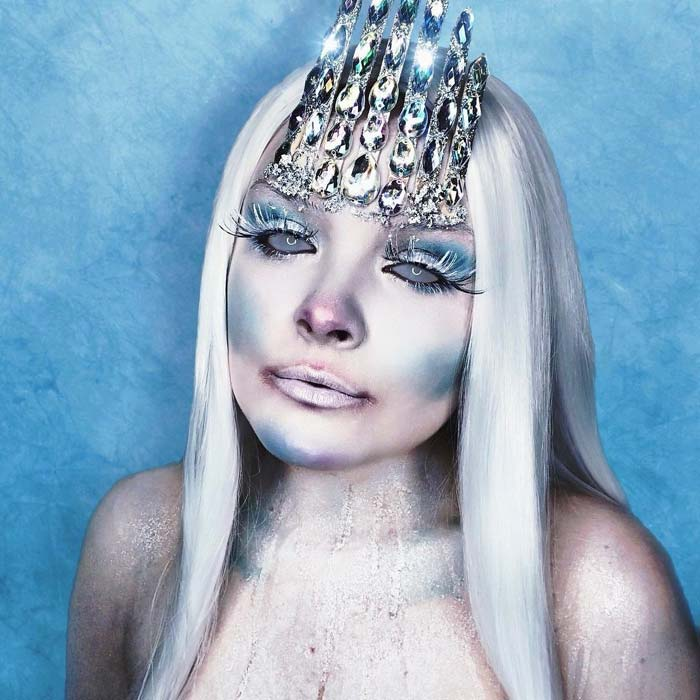 Makeup artist transforms her face into the ice queen