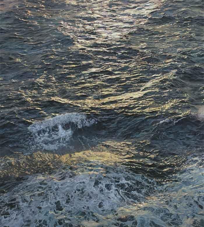 Artist Carina Francioso making beautiful waves in the art world