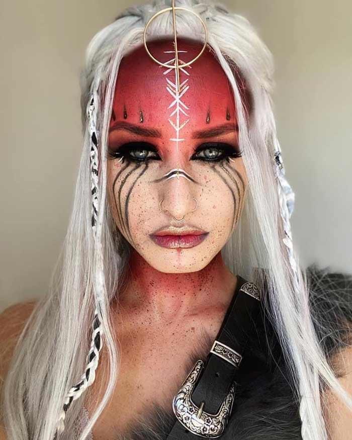 Fantasy makeup tutorial by Emma Riley