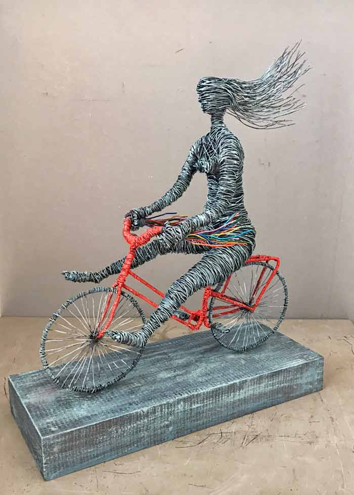 Born to Ride wire sculpture by Annie Glass