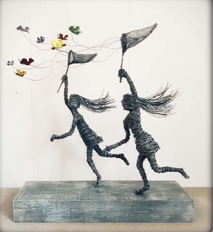 Butterfly Girls wire sculpture by Annie Glass