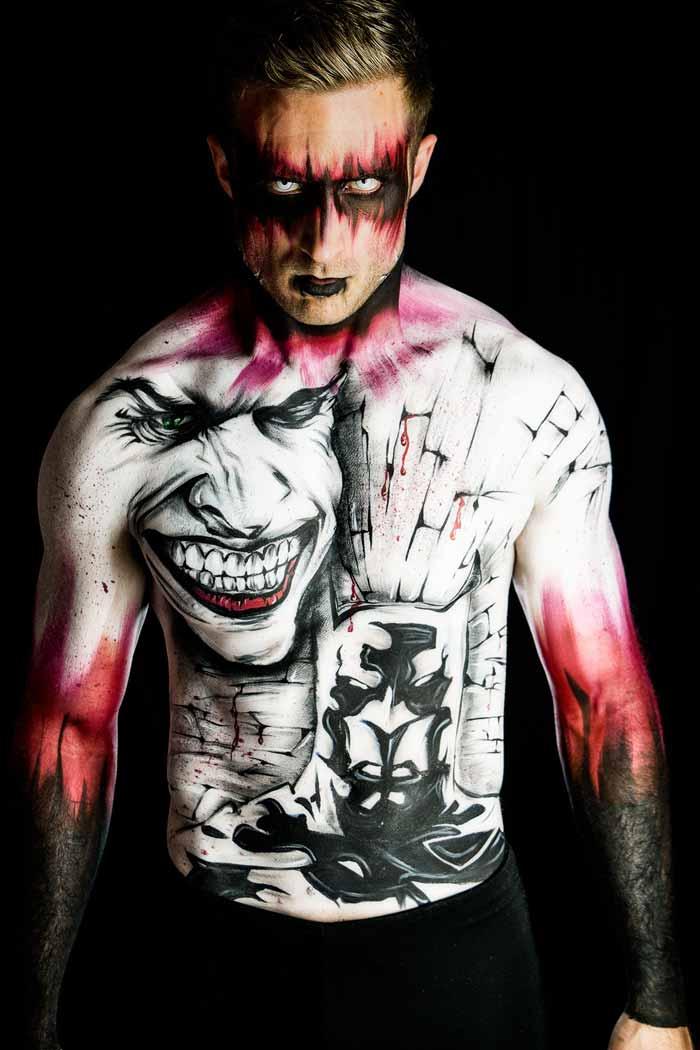 Batman body painting art by Ana Chapovalov