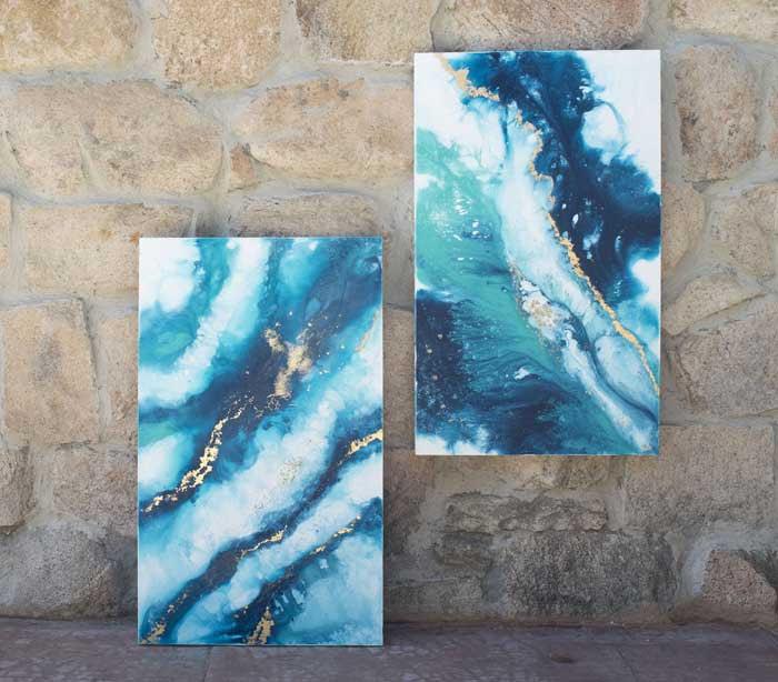 abstract fluid painting by Elisa