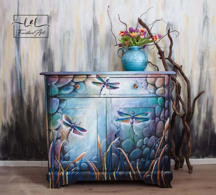 Dragonflies living in the light hand paint furniture