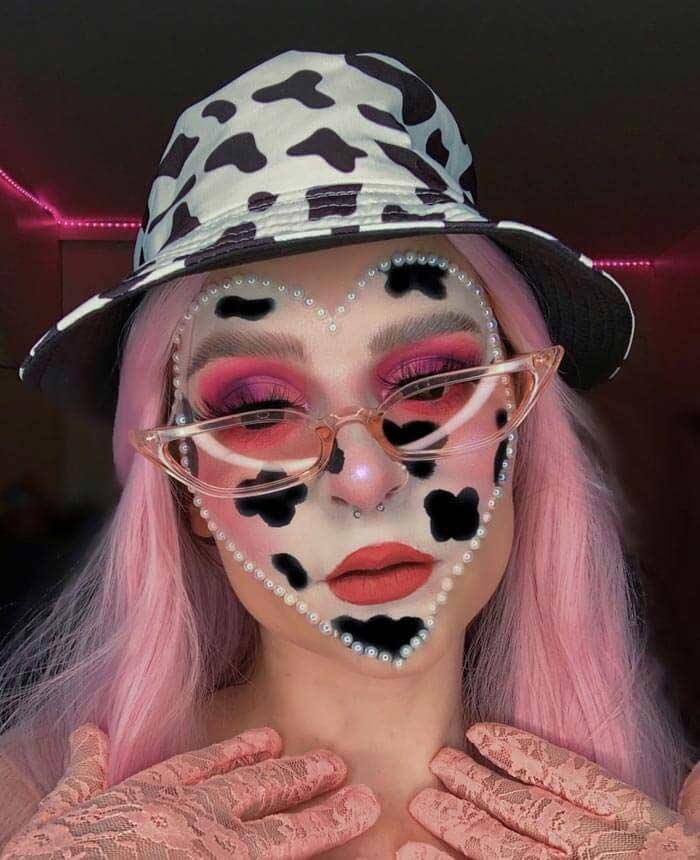 Keely Cow heart makeup look