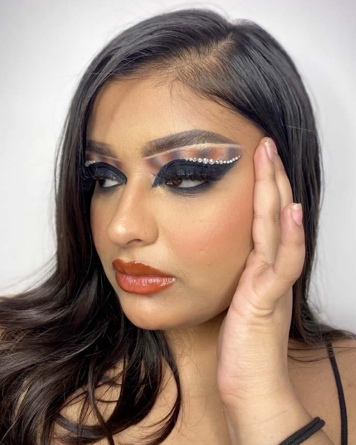 Stunning Eye makeup looks by Annie sachdevaa