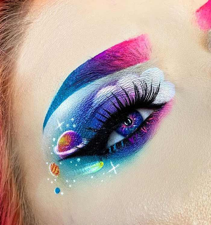 Galaxy and cloud eye makeup look by The Bria Beauty